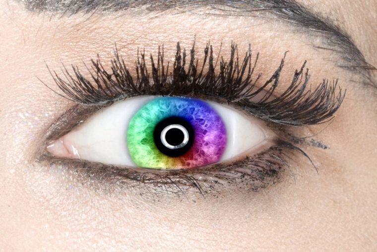 szivárványos szem