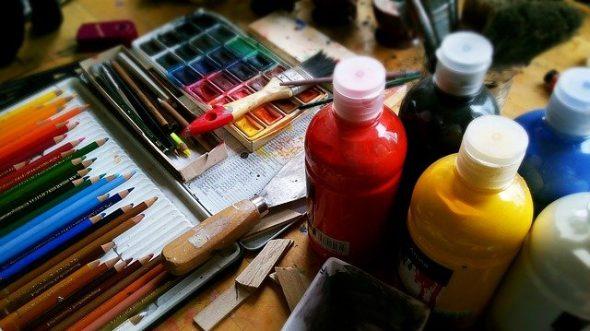akvarell ceruza és festék